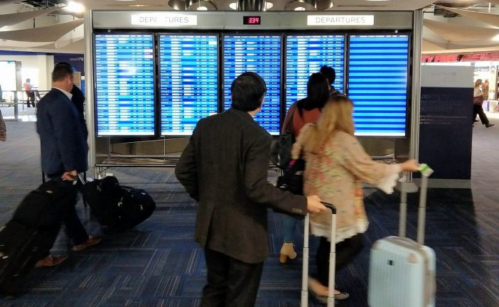 Viajantes que chegam à Irlanda podem ter que reservar vaga em hotel para quarentena