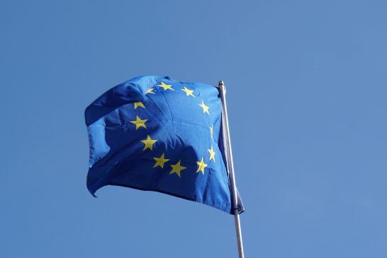 União Europeia pode proibir a entrada de turistas que não foram imunizados com vacinas aprovadas pelo bloco